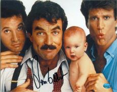 Tom Selleck autographed 8x10 Photo (Three Men and a Baby) Image #SC1