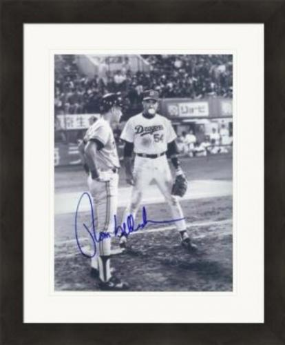 Tom Selleck autographed photo 8x10 (Mr. Baseball, Dragons) #16 Matted & Framed