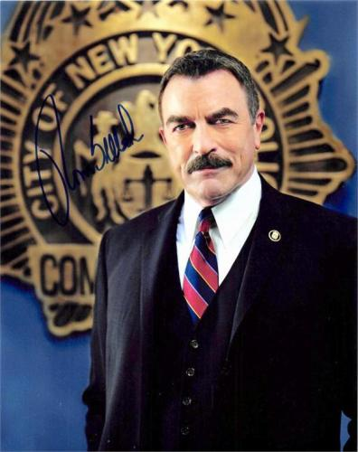 Tom Selleck autographed photo (Blue Bloods New York Police Commissioner) size 8x10 image #SC6