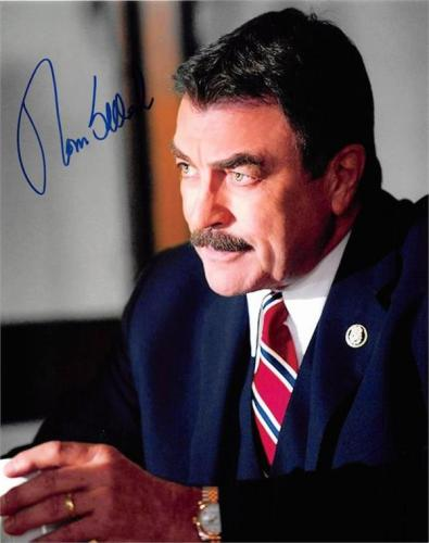 Tom Selleck autographed photo (Blue Bloods New York Police Commissioner) size 8x10 image #SC8