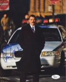 TOM SELLECK HAND SIGNED 8x10 PHOTO       AWESOME POSE FROM BLUE BLOODS       JSA