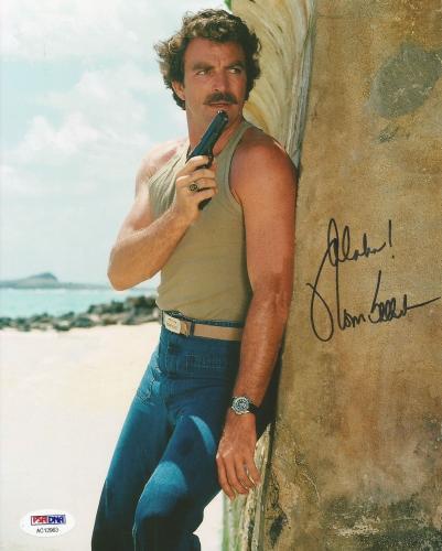 Tom Selleck Magnum Pi Blue Bloods Signed Autograph 8x10 Photo PSA/DNA COA (F)