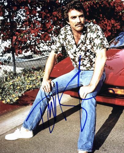 Tom Selleck Magnum P.I. Signed 8x10 Photo Autographed BAS #D78143