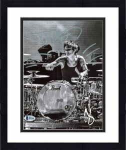 Tommy Lee Motley Crue Signed 8X10 Photo Autographed BAS #B91160