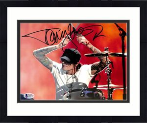 Tommy Lee Motley Crue Signed 8x10 Photo Autographed BAS #D06775