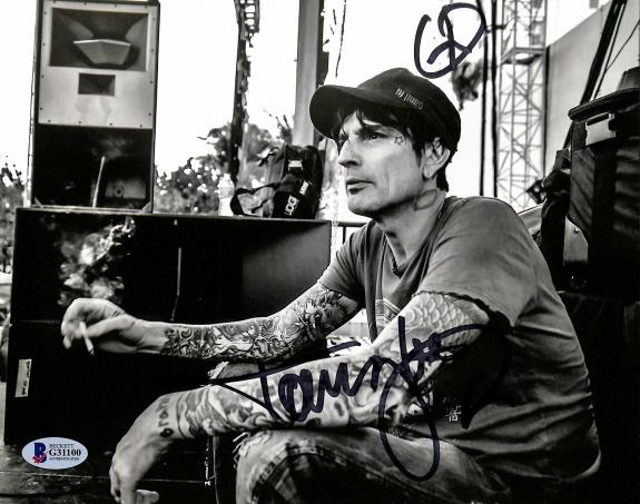 Tommy Lee Motley Crue Signed 8x10 Photo Autographed BAS #G31100