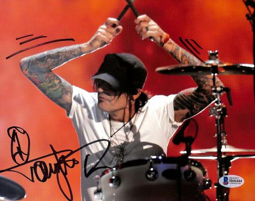 Tommy Lee Motley Crue Signed 8x10 Photo Autographed BAS #H66444