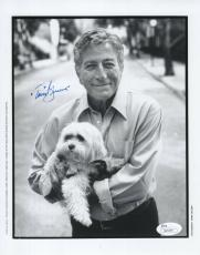 TONY BENNETT HAND SIGNED 8x10 PHOTO       AWESOME POSE WITH HIS DOG       JSA
