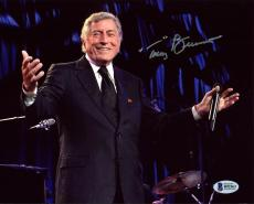 Tony Bennett Signed 8X10 Photo Autographed BAS #B92563