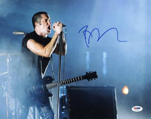 Trent Reznor Signed 11x14 Photo Live Psa/dna Authentication U52588
