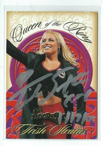 Trish Stratus Signed 2003 Fleer WWE Aggression Queen Of The Ring Card #8