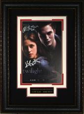 Twilight - Robert Pattinson Kristen Stewart Signed 11x17 Pos
