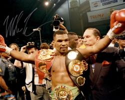 TYSON, MIKE AUTO (BELTS) 16X20 PHOTO - Mounted Memories