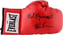 "TYSON, MIKE AUTO ""KID DYNAMITE"" (RED) EVERLAST BOXING GLOVE - Mounted Memories"