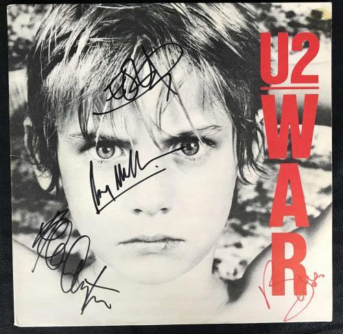 U2 Signed Autographed War Album LP Bono Edge Clayton Mullen Beckett BAS