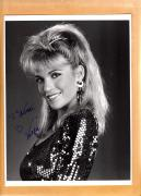 Vanna White-signed photo-15 a