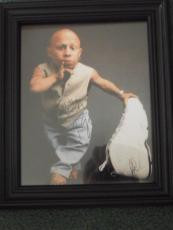 Verne Troyer Mini Me Autographed Framed 8x10 Photo Signed Austin Powers Coa