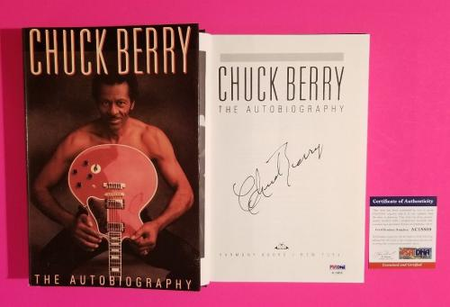 """Very Rare Chuck Berry Signed Hardcover Book """"the Autobiography"""" With Psa/dna Coa"""