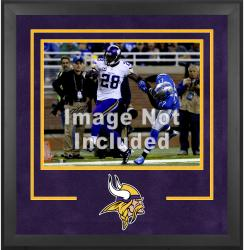 Minnesota Vikings Deluxe 16'' x 20'' Horizontal Photograph Frame with Team Logo - Mounted Memories