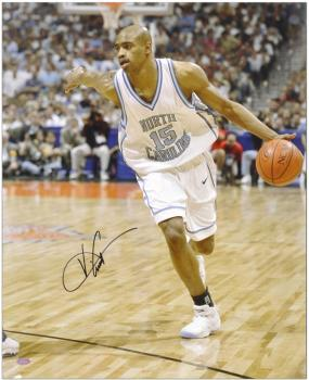 "Vince Carter North Carolina Tar Heels 16"" x 20"" Autographed Photograph - Mounted Memories"