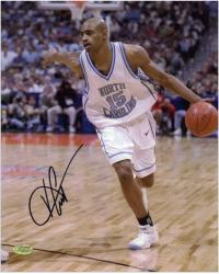 Vince Carter North Carolina Tar Heels Autographed 8'' x 10'' Photograph - - Mounted Memories