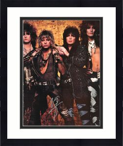 Vince Neil signed Motley Crew 16x20 Photo- JSA Hologram #DD90861 (silver sig-vertical-group pose) (music/entertainment)