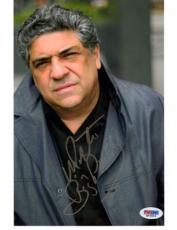 Vincent Pastore Autographed Signed 8x10 Photo Psa/dna Stock #16510