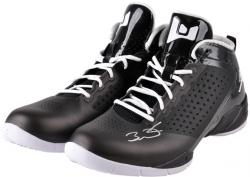 Dwyane Wade Miami Heat Autographed Black Shoes with White Laces
