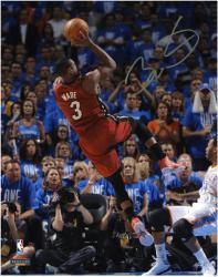 Dwyane Wade Miami Heat 2012 Finals Champs Autographed 8'' x 10'' Fadeaway Photo - Mounted Memories
