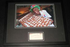 Wally Amos Signed Framed 11x14 Photo Display JSA Famous Amos