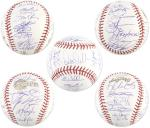Chicago White Sox Team Signed 2005 World Series Baseball with 27 Signatures