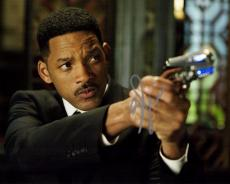 Will Smith Signed - Autographed Men in Black 8x10 Photo