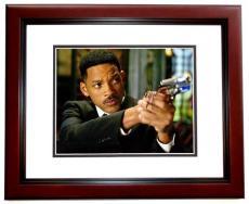 Will Smith Signed - Autographed Men in Black MIB 11x14 Photo MAHOGANY CUSTOM FRAME