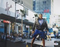 Will Smith Signed IROBOT Authentic Autographed 11x14 Photo (PSA/DNA) #S23270