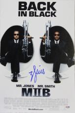 """WILL SMITH Signed """"Men In Black"""" 12x18 Photo Poster PSA/DNA #AB16102"""