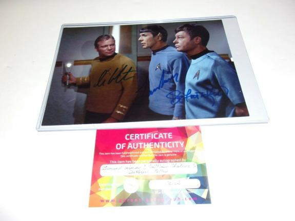 WILLIAM SHATNER AND LEONARD NIMOY,De FOREST KELLEY STAR TREK W/COA SIGNED PHOTO