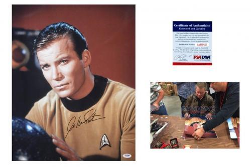 William Shatner AUTOGRAPHED 16x20 Star Trek Photo - PSA/DNA