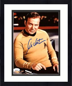 William Shatner Autographed 8x10 Photo Star Trek JSA Stock #178300