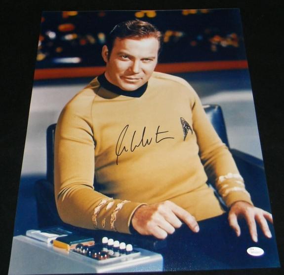 WILLIAM SHATNER AUTOGRAPHED SIGNED STAR TREK CAPTAIN KIRK 16x20 PHOTO JSA
