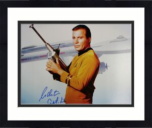 William Shatner Autographed Star Trek 16x20 Photo Capt Kirk BAS 25030