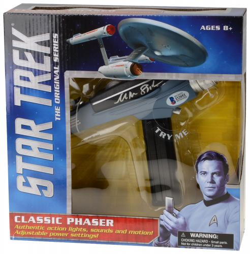 William Shatner Autographed Star Trek Classic Phaser Toy - Beckett COA
