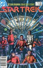 William Shatner Autographed Star Trek - February 1984 Issue #1 Comic Book - Beckett COA