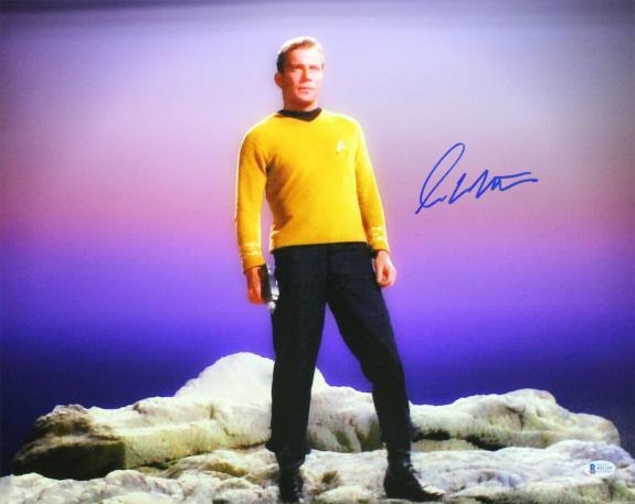 William Shatner Autographed/Signed Star Trek 16x20 Photo BAS 25031