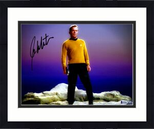"William Shatner Signed 11"" x 14"" Star Trek Kirk On Rock Photo Beckett BAS"