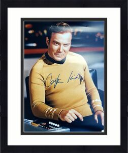 "William Shatner Signed "" Captain Kirk "" 16x20 Photo JSA"