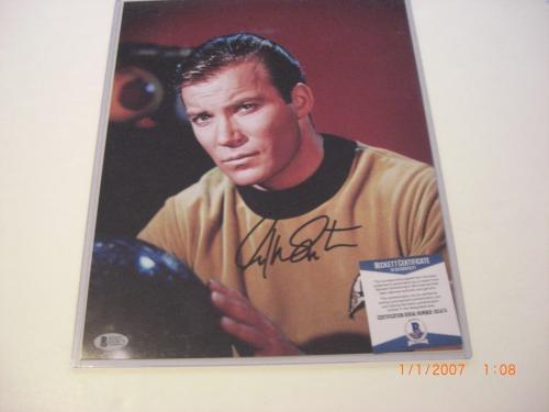 William Shatner Star Trek Actor Beckett/coa Signed 11x14 Photo