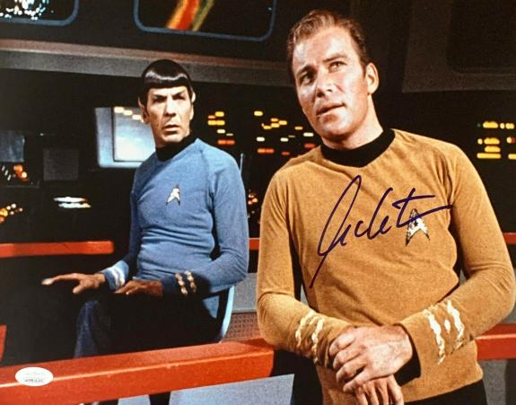 William Shatner Star Trek Signed Autographed 11x14 Photo JSA Authenticated 11