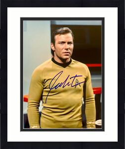 William Shatner Star Trek Signed Autographed 8x10 Photo JSA Authenticated 13