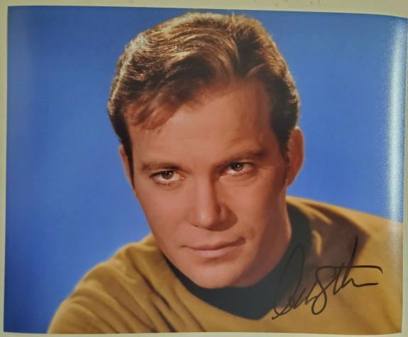 William Shatner Star Trek Signed Autographed Color 8x10 Photo Captain Kirk
