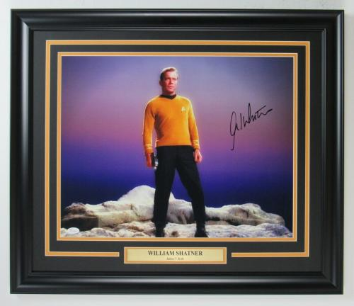 "William Shatner ""Star Trek"" Signed/Autographed 16x20 Photo Framed JSA 149056"